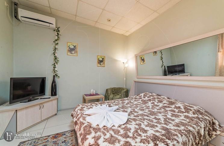 двуспальная кровать номера Стандарт