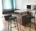 барный стол и диван