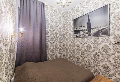 номер 2 кровать