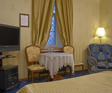 мебель в номере