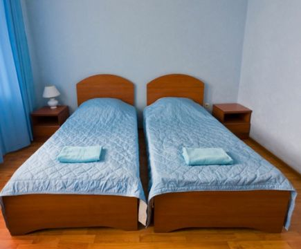 2 односпальные кровати