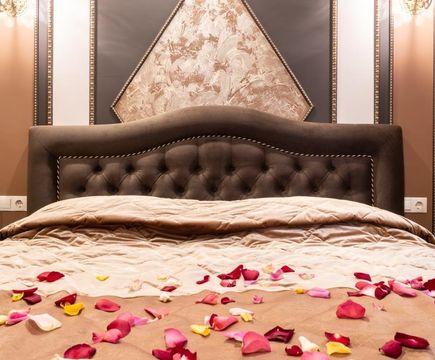 Лувр кровать