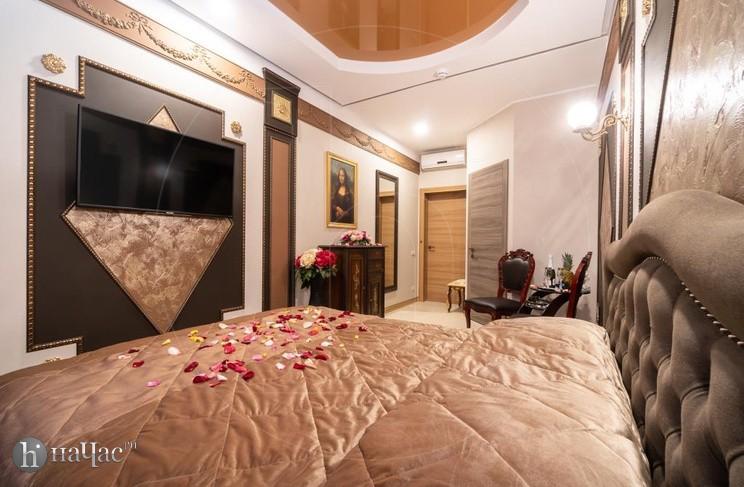 Лувр спальное место
