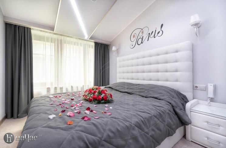 Париж кровать
