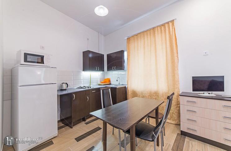 комната 2 кухня