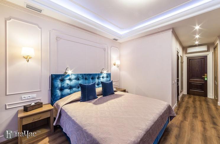 Изумрудный номер - кровать
